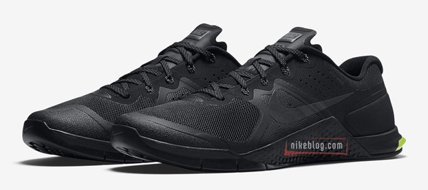 Click on the image to check out the Nike Metcon 2 on Zappos!
